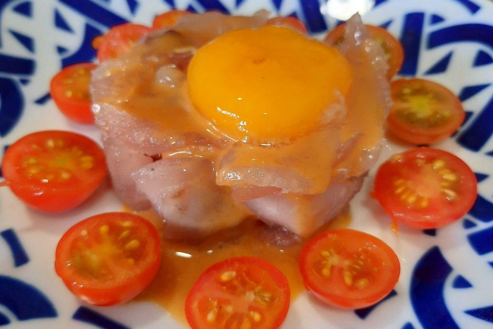 huevo y caballa